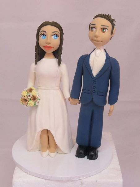 Standing Bride & Groom cake topper